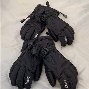 2 Pairs of ski gloves.  Little boys size Large